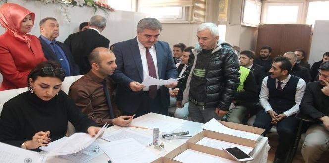"""Başkan Özdemir: """"İşini seven çalışan bu sınavları rahatlıkla geçer"""""""