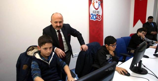 """Vali Varol: """"Amasya'nın Her Yönüyle Marka Kent Haline Gelmesi En Önemli Hedeflerimiz Arasında"""""""